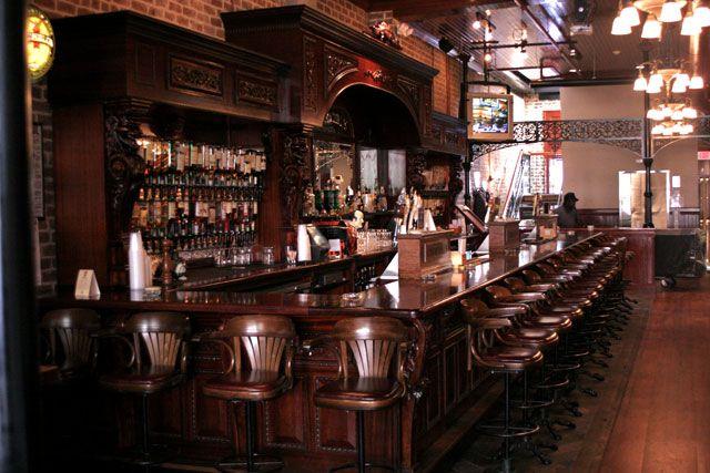 Churchill's Pub – Savannah, GA